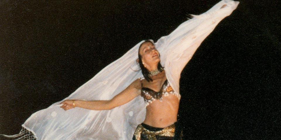 poesia poetry dance of the Apsaras klameth verena