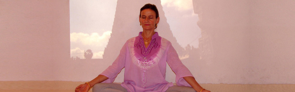 poetry-yoga-power-of-silence-DSC00815a-960x480-4-960x480